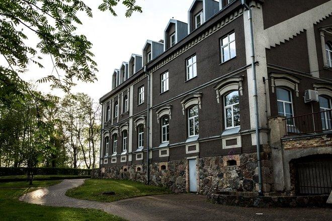 Ginkūnai Manor Estate