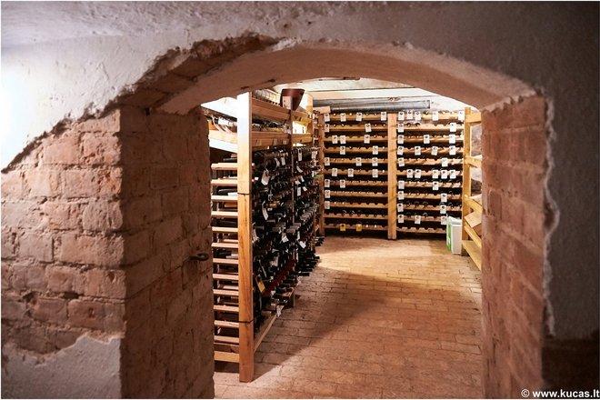 Wine cellar tastings