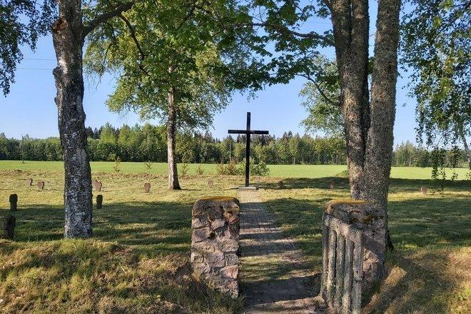 Steponiškės kaimo I pasaulinio karo vokiečių karių kapinės